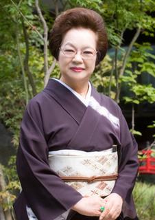 白玉の湯泉慶 女将 橋本 代野子